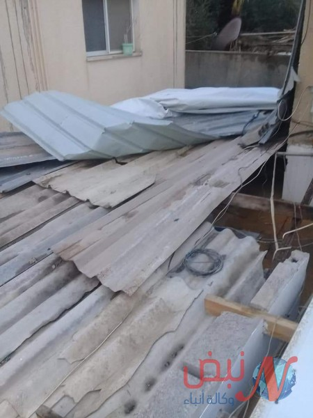 المنخفض الجوي يضرر عدد من منازل المواطنين في البريج