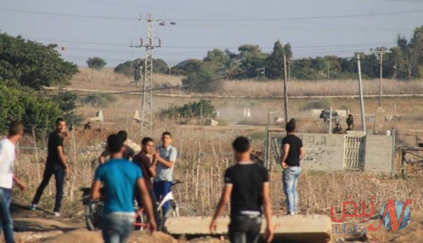 إصابة مواطنين خلال مواجهات مع الاحتلال على حدود غزة